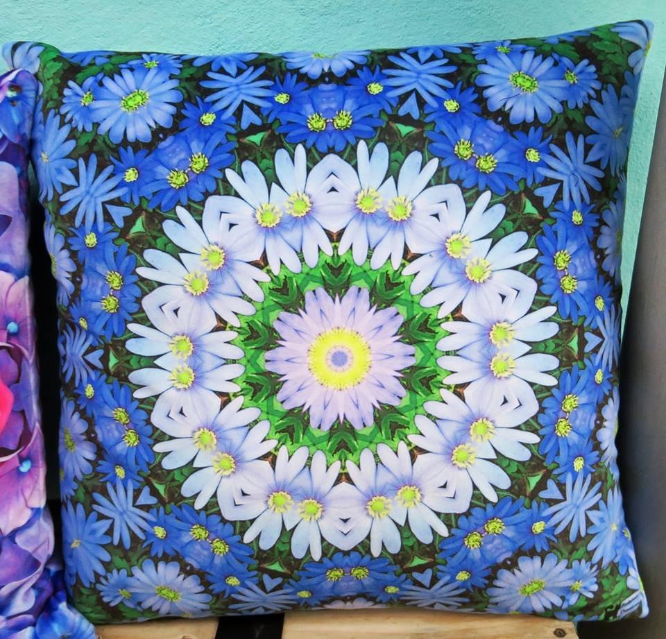 blue_daisies-1