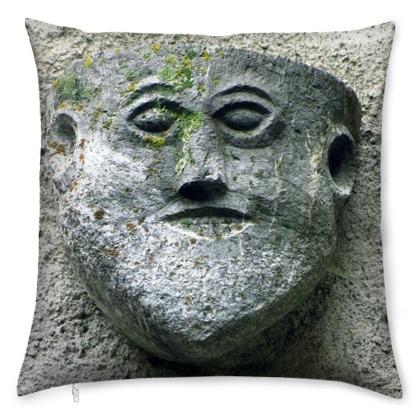 kis_med_stone_head-1